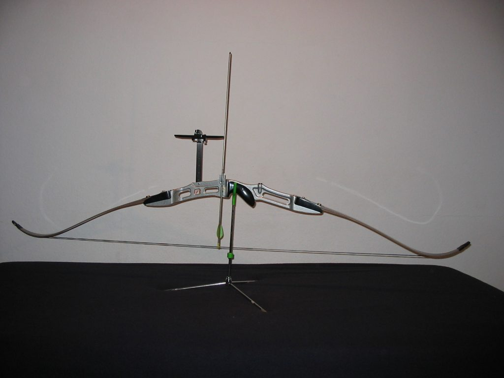stringed recurve bow